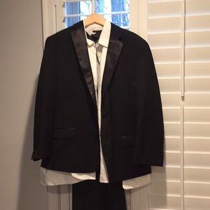 Calvin Klein tuxedo size 42R